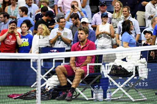 Nhìn lại chiến thắng ngọt ngào của Wawrinka trước Djokovic - Ảnh 13.