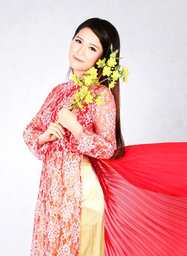 Khi sao quốc tế thể hiện tình yêu với tà áo dài Việt - Ảnh 14.