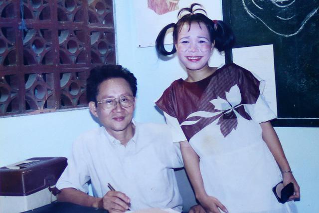 """Ngắm loạt ảnh """"một thời tuổi trẻ"""" của Việt Hương - Ảnh 15."""