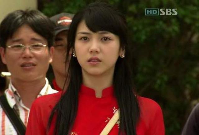 Khi sao quốc tế thể hiện tình yêu với tà áo dài Việt - Ảnh 15.