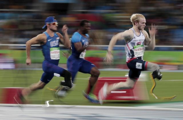 Những khoảnh khắc đắt giá nhất của Paralympic Rio 2016 - Ảnh 15.
