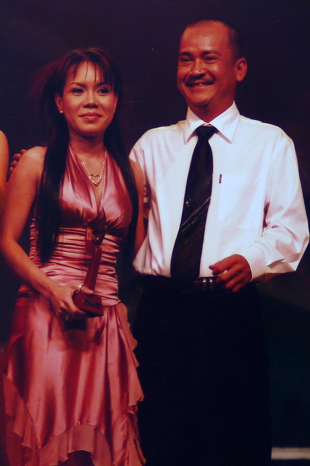 """Ngắm loạt ảnh """"một thời tuổi trẻ"""" của Việt Hương - Ảnh 16."""