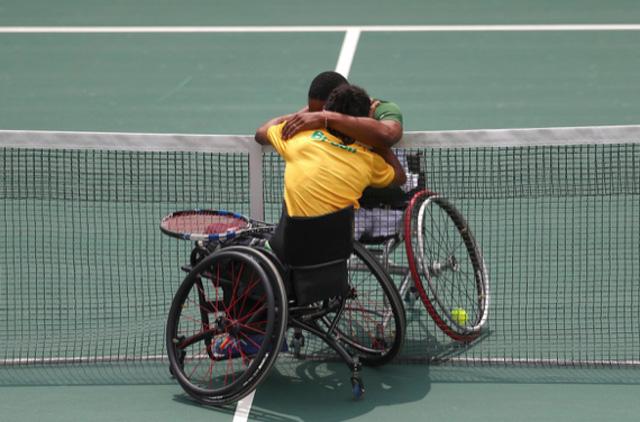 Những khoảnh khắc đắt giá nhất của Paralympic Rio 2016 - Ảnh 16.
