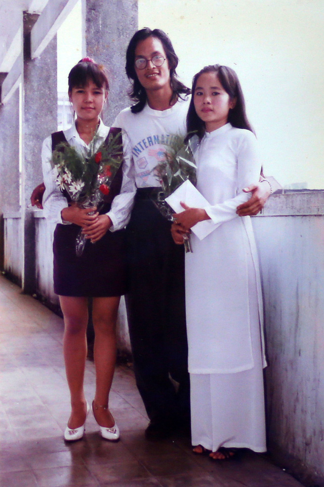 """Ngắm loạt ảnh """"một thời tuổi trẻ"""" của Việt Hương - Ảnh 20."""