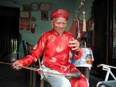 Nghệ nhân Nhã nhạc cuối cùng triều Nguyễn qua đời ở tuổi 106 - Ảnh 2.