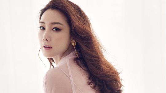 Nữ hoàng bi thương Choi Ji Woo - Vinh quang nay còn đâu! - Ảnh 2.