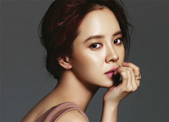 Song Hye Kyo dẫn đầu Top 10 Nữ thần làng giải trí châu Á - Ảnh 3.