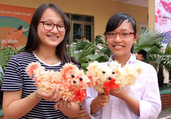 Ngày hội trung thu đậm chất truyền thống của học sinh Lomonoxop - Ảnh 2.