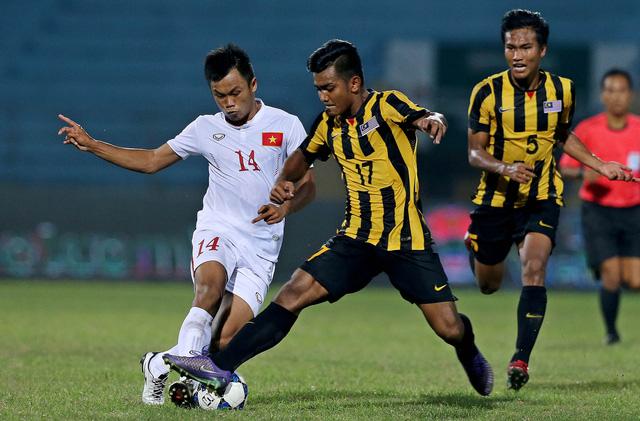 HLV Hoàng Anh Tuấn lần đầu hài lòng với U19 Việt Nam - Ảnh 2.