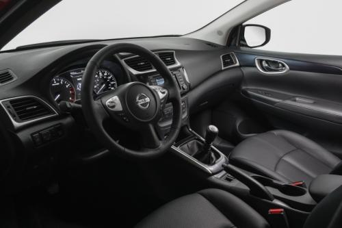 Nissan Sentra nâng cấp phiên bản mới - Ảnh 2.