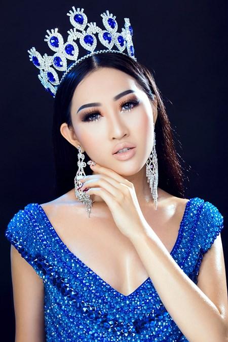Hoa hậu Huỳnh Thuý Anh tái xuất sau thời gian du học - Ảnh 2.