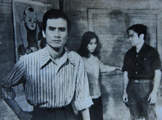 Ảnh hiếm của NSƯT Phạm Bằng trên sân khấu kịch hơn 40 năm trước - Ảnh 3.