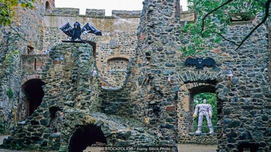 Frankenstein - Lâu đài ma quái nhất nước Đức - Ảnh 3.