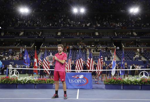 Nhìn lại chiến thắng ngọt ngào của Wawrinka trước Djokovic - Ảnh 20.