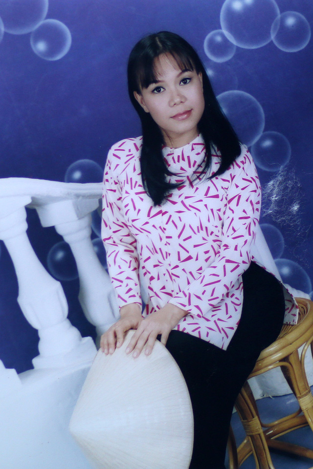 """Ngắm loạt ảnh """"một thời tuổi trẻ"""" của Việt Hương - Ảnh 23."""