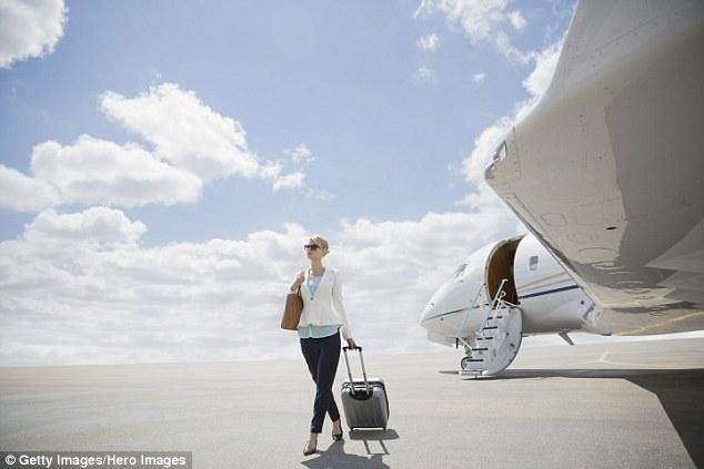 Hé lộ cuộc sống sang chảnh của khách VIP trên các chuyến bay - Ảnh 3.