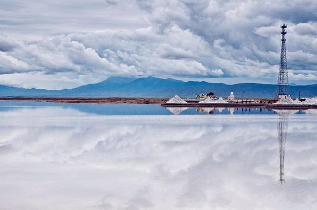 Hồ nước mặn Chaka - Tấm gương của bầu trời - Ảnh 3.