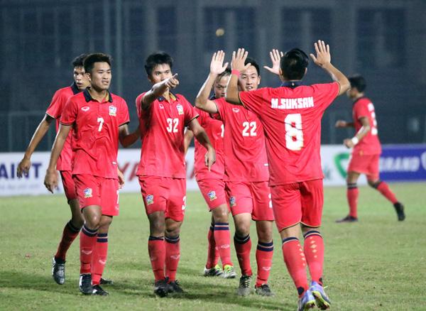 Giải U19 Đông Nam Á 2016 (Bảng B): U19 Thái Lan chắc suất vào bán kết - Ảnh 3.