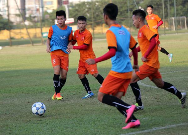 U19 Việt Nam trở lại tập luyện, điều chỉnh lực lượng cho VCK châu Á 2016 - Ảnh 2.