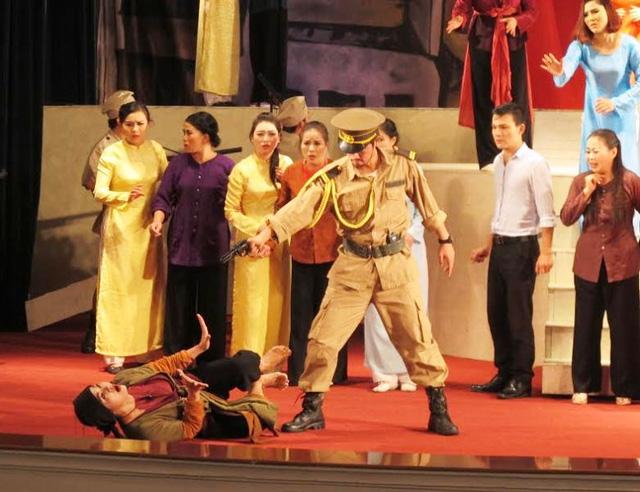 800 nghệ sĩ tranh tài sân khấu chèo chuyên nghiệp tại Ninh Bình - Ảnh 3.