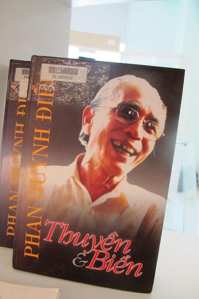 """Triển lãm sách, tư liệu """"Đà Nẵng - Thành phố đáng sống"""" - Ảnh 3."""