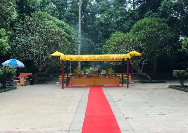 Dòng người nườm nượp hướng về lễ hội Lam Kinh 2016 - Ảnh 3.