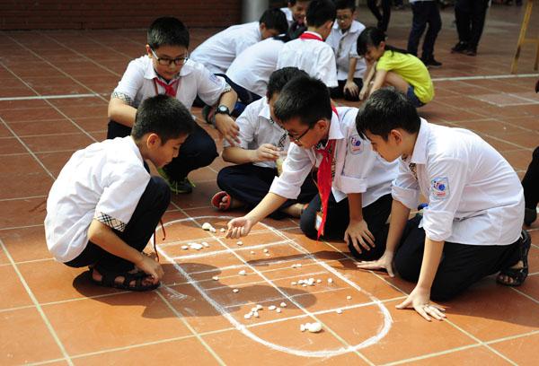 Ngày hội trung thu đậm chất truyền thống của học sinh Lomonoxop - Ảnh 3.