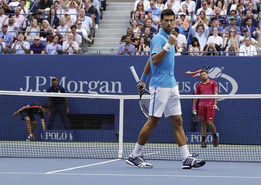 Nhìn lại chiến thắng ngọt ngào của Wawrinka trước Djokovic - Ảnh 3.