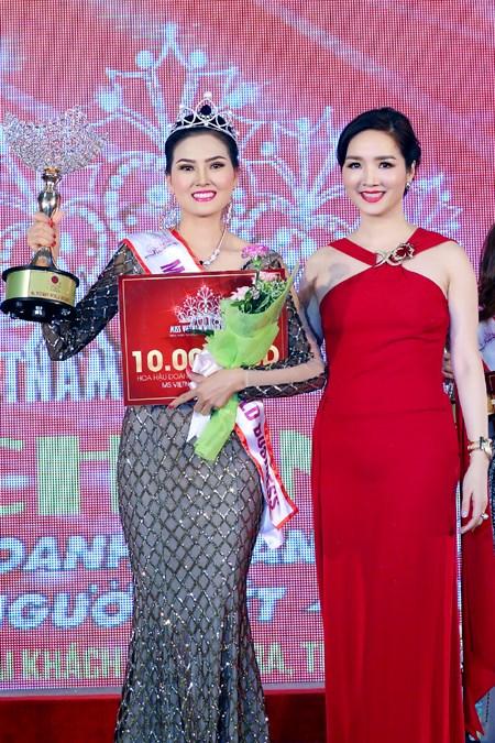 Người đẹp Kim Thoa đăng quang Hoa hậu Doanh nhân thế giới người Việt - Ảnh 3.