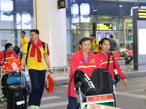 ĐTQG Việt Nam về nước, kết thúc thành công chuyến tập huấn tại Paju - Ảnh 4.
