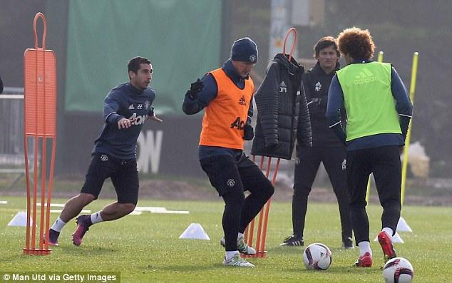 Mourinho bất ngờ gỡ cấm vận với Schweinsteiger - Ảnh 4.