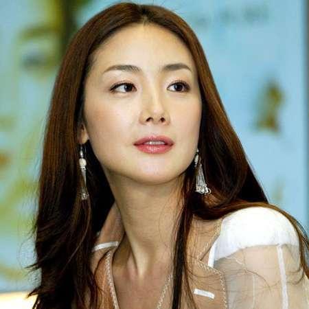 Nữ hoàng bi thương Choi Ji Woo - Vinh quang nay còn đâu! - Ảnh 4.