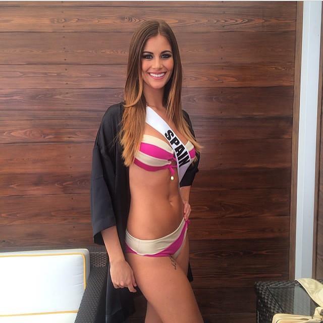 C.Ronaldo hẹn hò với cựu Hoa hậu Tây Ban Nha - Ảnh 4.