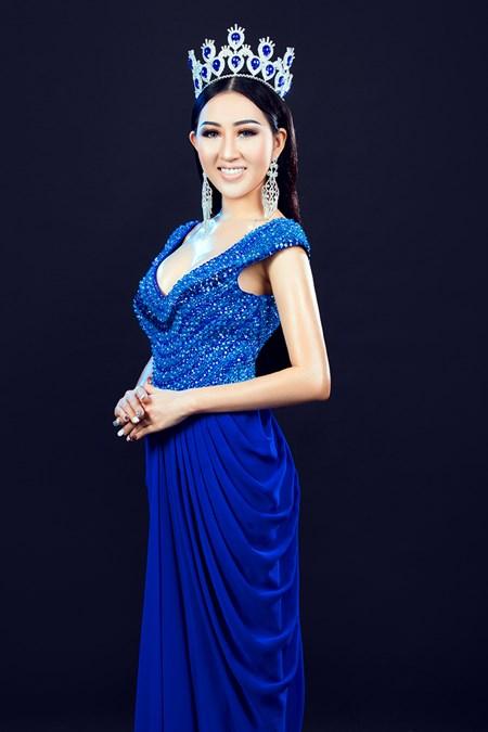 Hoa hậu Huỳnh Thuý Anh tái xuất sau thời gian du học - Ảnh 4.