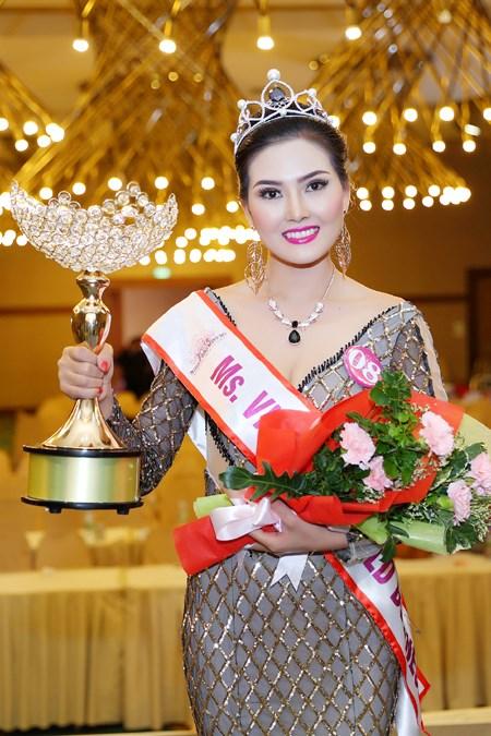 Người đẹp Kim Thoa đăng quang Hoa hậu Doanh nhân thế giới người Việt - Ảnh 4.