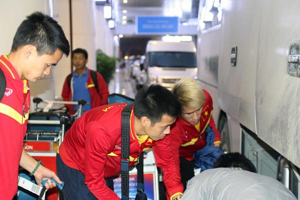 ĐTQG Việt Nam về nước, kết thúc thành công chuyến tập huấn tại Paju - Ảnh 5.
