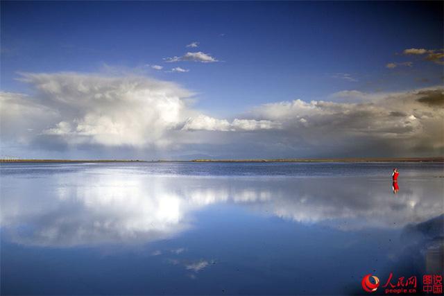 Hồ nước mặn Chaka - Tấm gương của bầu trời - Ảnh 6.