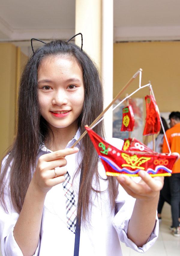 Ngày hội trung thu đậm chất truyền thống của học sinh Lomonoxop - Ảnh 6.