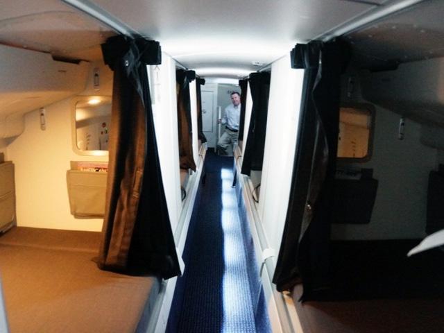 Căn phòng bí mật rất ít người biết trên máy bay - Ảnh 7.