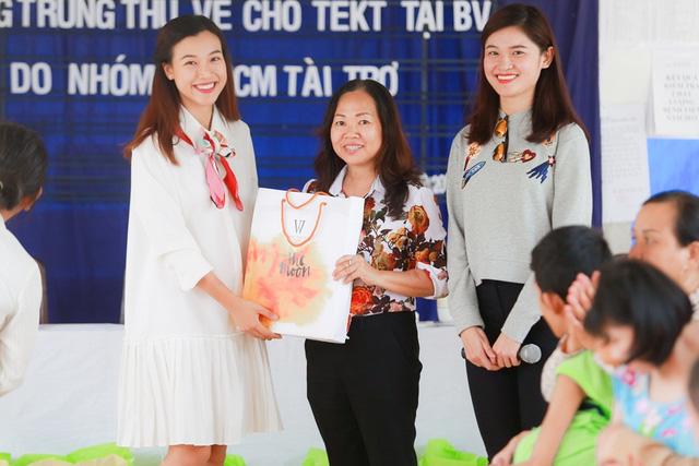 Á hậu Hoàng Oanh, Thuỳ Dung mang trung thu về với trẻ khuyết tật Tây Ninh - Ảnh 7.
