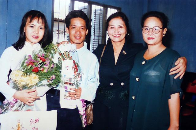"""Ngắm loạt ảnh """"một thời tuổi trẻ"""" của Việt Hương - Ảnh 8."""