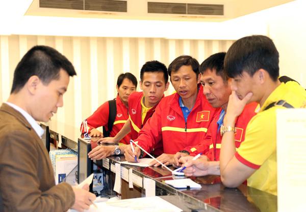 ĐTQG Việt Nam về nước, kết thúc thành công chuyến tập huấn tại Paju - Ảnh 8.