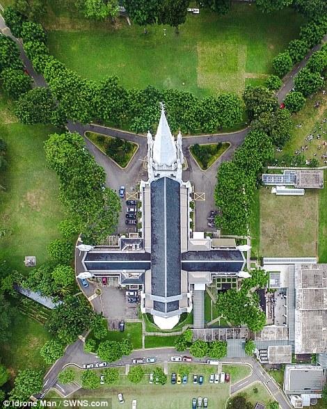 Ngắm Singapore rất lạ nhìn từ trên cao - Ảnh 8.