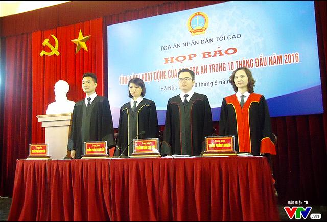 TAND Tối cao ra mắt 4 mẫu trang phục xét xử mới - Ảnh 1.