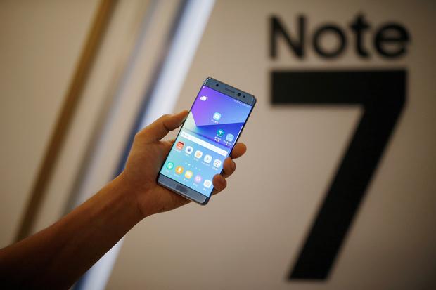 Hãy lập tức ngưng dùng và tắt ngay Samsung Note 7  - Ảnh 1.