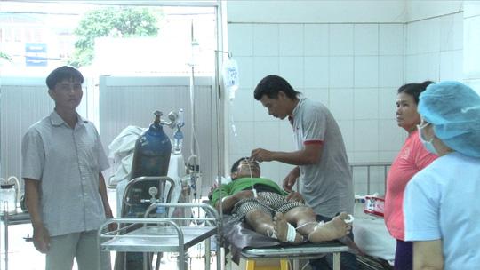 Sập lò gạch tại Đồng Tháp, 6 người nhập viện cấp cứu - Ảnh 2.
