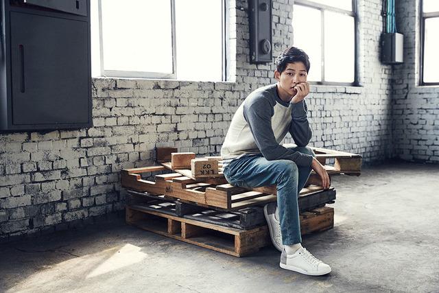 Mùa đông ấm áp với mỹ nam Song Joong Ki - Ảnh 2.