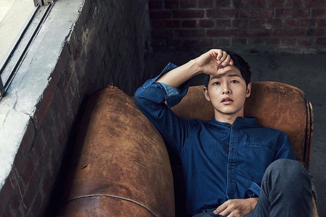 Mùa đông ấm áp với mỹ nam Song Joong Ki - Ảnh 1.