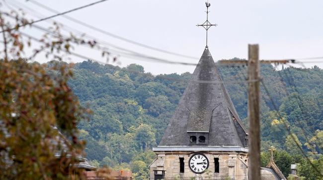 Pháp bắt giữ nghi phạm vụ tấn công nhà thờ