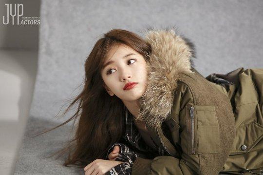 Kể cả trong ảnh hậu trường, Suzy vẫn long lanh như thế này - Ảnh 4.